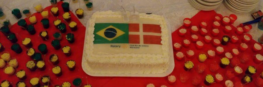 Aniversário do Simon: Intercambista Rotary